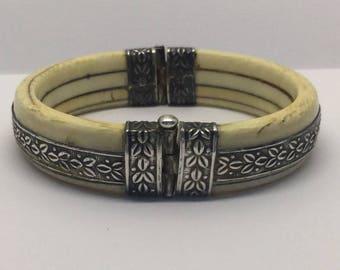 vintage sterling silver carved bone bangle bracelet #235