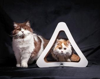 Eco-friendly Cat Scratcher TRIANGLE off corrugated cardboard