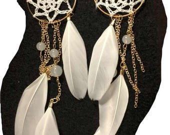 Fashionable Dream Catcher Earrings with White Feathers, Beads and Gold Chain