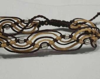 Macrame Bracelet in wave design