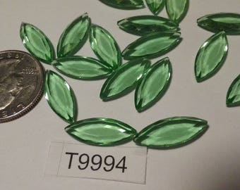 Vintage Swarovski,  Rhinestone,  Navette, Peridot, 20mm x 9mm  Lot of 3 stones, T9994