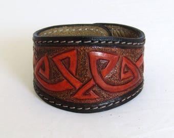 Handmade genuine leather bracelet, Celtic bracelet, leather bracelet, engraved leather bracelet, bracelet for men, bracelet for women