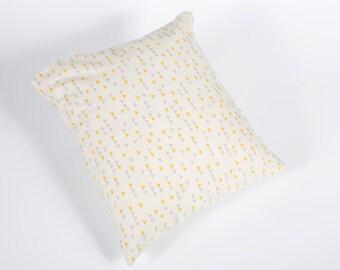 Cushion - Triangle fabric