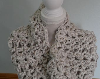 Crocheted Shell Stitch Cowl