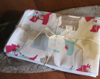 Tea Towels (2) Scotttie Dog