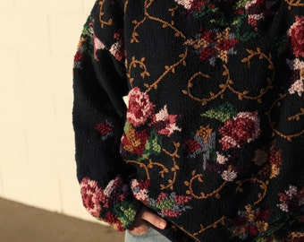 Vintage / Hand Knit Sweater