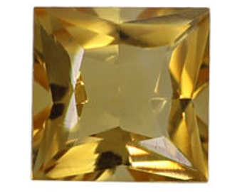 Citrine Square Shape 10mm
