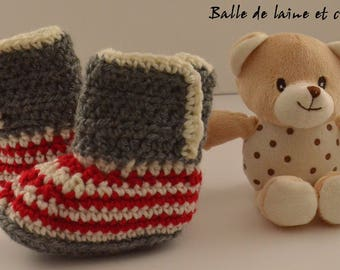 Crochet baby bootie / slippers 6-12 months