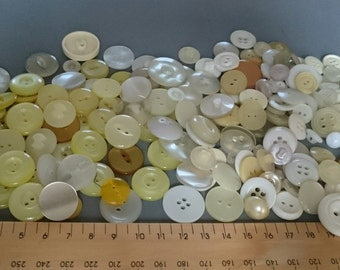 Vintage Buttons in Yellow/Cream/White Tones Around 200 Mixed