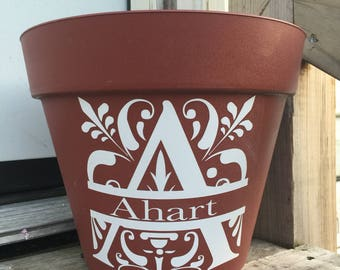 Outdoor personalized flower pot