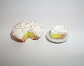 1:12 One Inch Scale Dollhouse Miniature Handcrafted Lemon Creme Dessert Pie ~ Food for dolls
