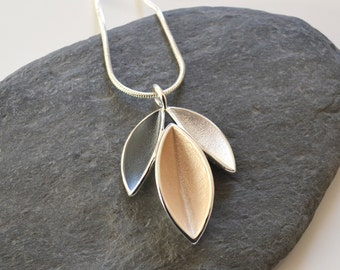 Tri-Leaf Pendant Necklace