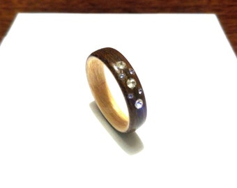 Woman's Wooden Ring. Bentwood Ring. Olive wood and Maple wood. With Swarovski crystals