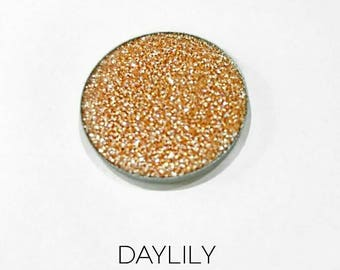 Pressed Glitter Eyeshadow - 'Daylily'