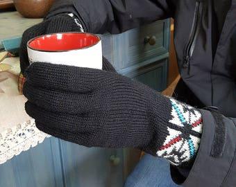 Cold Weather Hand Knit Woolen Gloves Men Winter Gloves Jacquard Pattern Gloves Knit Fair Trade Gloves Winter Set Gloves Hat Collar Gift for
