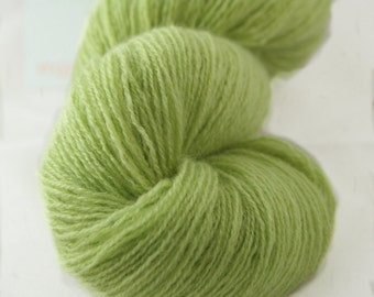 100% Cashmere Spring Leaf Green Lace Weight Recycled Yarn