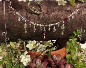 Miniature garden garland - Beaded Fairy garden decor - Accessory