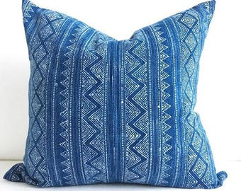 "18"" x 18"" Hmong Batik Pillow Cover"