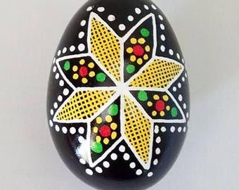 Chicken pysanka, Ukrainian eggs, unique gift basket, Ukrainian Easter eggs, handmade gift ideas, pysanky eggs, chicken pysanka, egg art Lviv