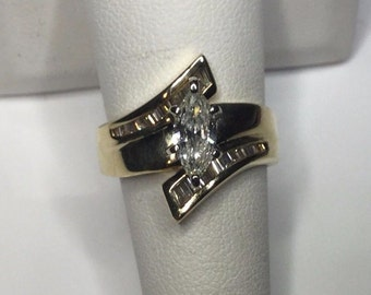 Estate 14K Yellow Gold 1.00 CTW Marquise Diamond Engagement Ring 8 Gr. Size 7.5