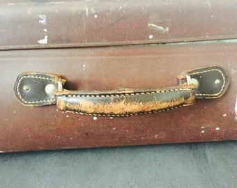 Suberb vintage Globe trotter suitcase