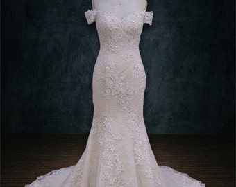 Wedding dress, Mermaid Trumpet Silhouette, Lace Applique, Sweetheart Neckline, Off the shoulders Sleeves