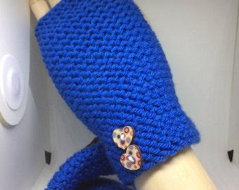 Blue fingerless gloves