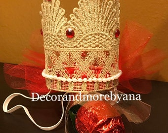 Lace gold crown