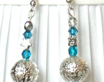 BEAUTIFUL Silver and turquoise earrings with silver clips