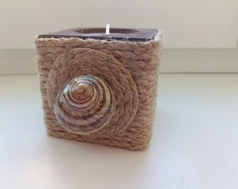 Original braided wooden candle holder with shell