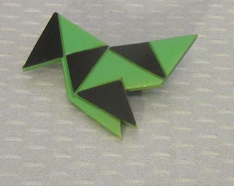 1920s French art deco CELLULOID BIRD PIN green black laminated geometric inlay plastic
