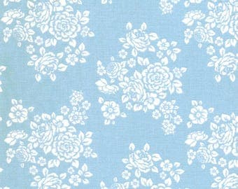 Anne of Green Gables White Flower Floral Bouquet on Blue Cotton Fabric - FQ