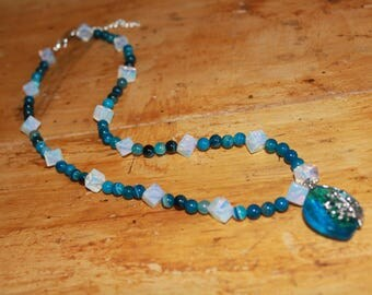 Hand Beaded gem stone pendant necklace and earring set