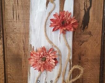 Rustic wood flower decor