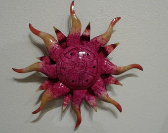 Metal sun hanging art wall