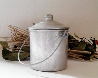 Worker Bowl in pure aluminium, France year 1930