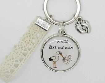 Key ring personalized future Grandma pregnancy announcement