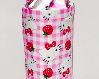 Insulated Water Bottle Cover: Hello Kitty