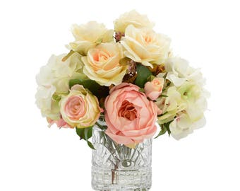 Cream and Pink Bouquet