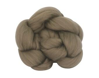 Wool Top Superwash Merino - Castillo Colorway