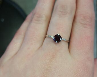 Crown Set Garnet Ring Size 6 Sterling Silver