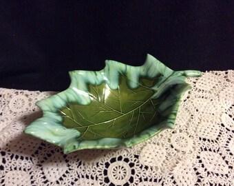 Majolica Leaf Bowl