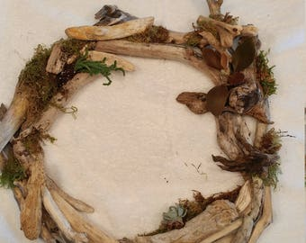 Driftwood Wreath w/ Succulents