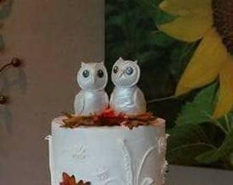 Fondant owl toppers