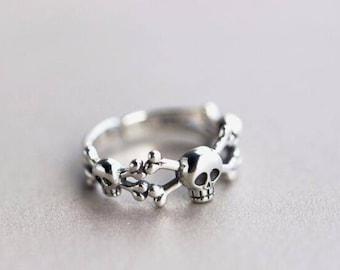 Skull and Cross Bones Ring - Sterling Silver