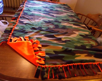 Green camo fleece tie  blanket