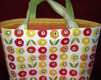 Snappy Flower Tote