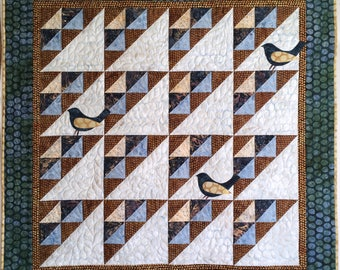 Alouette - Lark - Beginner Quilt Pattern, Bird Wallhanging, Pdf Quilt Pattern, Baby Quilt, Fast and Easy to make, Download pattern, DIY