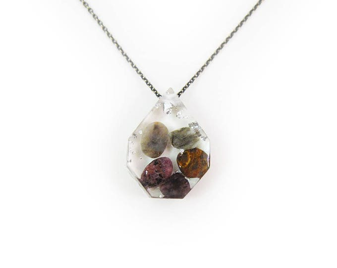 Medium Tumbled Stones and Silver Leaf Eco-Resin Gemstone Necklace