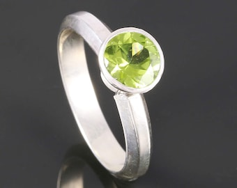 Sterling Silver Solitaire Ring. Genuine Gemstone. Tapered Bezel Setting. Beveled Band. 6mm Faceted Round. Customized. Peridot Ring.